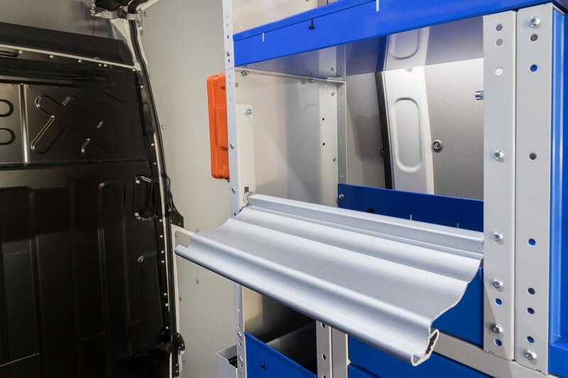 serranda in alluminio aperta per allestimento furgoni